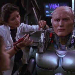 Come siamo diventati i Cyborg che la fantascienza aveva previsto 50 anni fa
